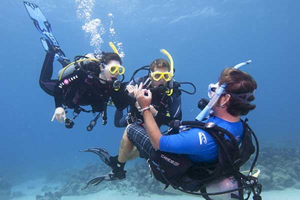 Formation Instructeur de plongée PADI